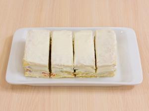 1112 01133mf5 2416 p Рецепт: Закусочные пирожные из слоеного теста, форели и авокадо