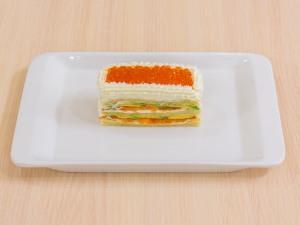 1112 01333mf5 2429 p Рецепт: Закусочные пирожные из слоеного теста, форели и авокадо