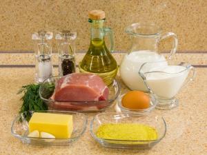 1115 010058zlu 3361 p Рецепт: Свинина, вымоченная в молоке, запеченная под сметанным соусом