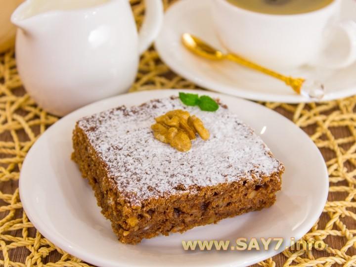 Шоколадно-творожный пирог с грецкими орехами