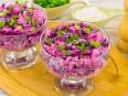 Салат со свеклой, куриным филе и фасолью