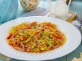 Салат с фунчозой, морковью по-корейски и мясом